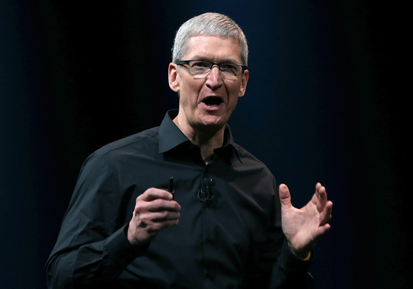 What can we learn from Tim Cook's CEO succession plan?