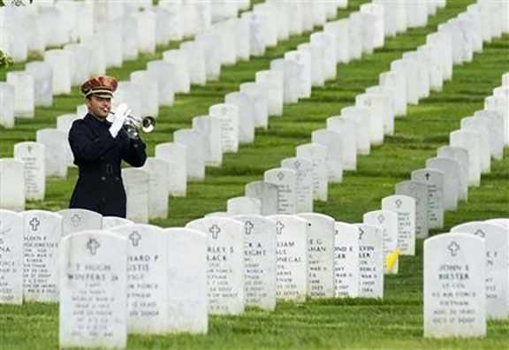 How do we honor veterans who made the ultimate sacrifice?